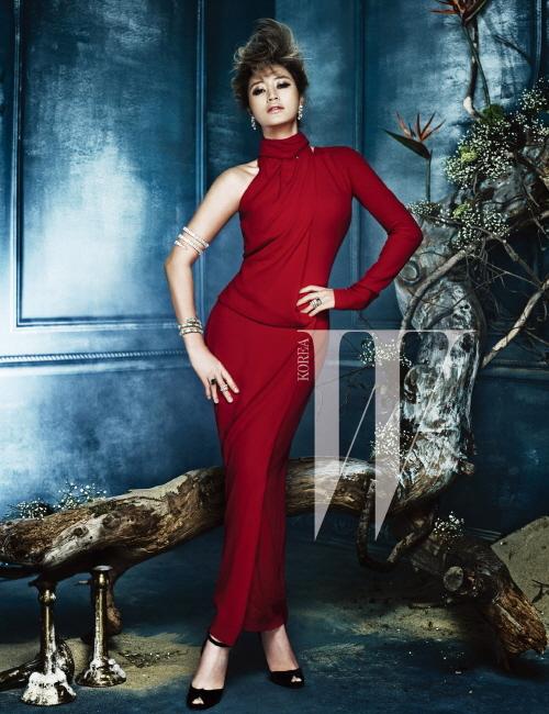 kimhyesoo_red dress_mag ad
