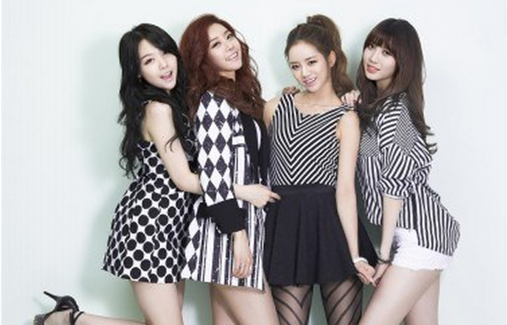Girl's Day to Throw a Pool Party Showcase for Repackaged 1st Album Release