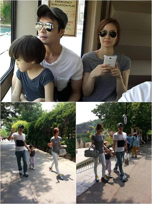 Kwon Sang Woo and family