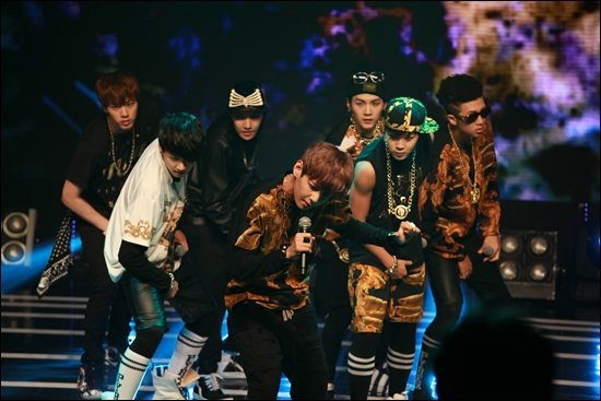 "Rookie Hip Hop Idol Group BTS has Debut Stage for ""Melon Showcase"""