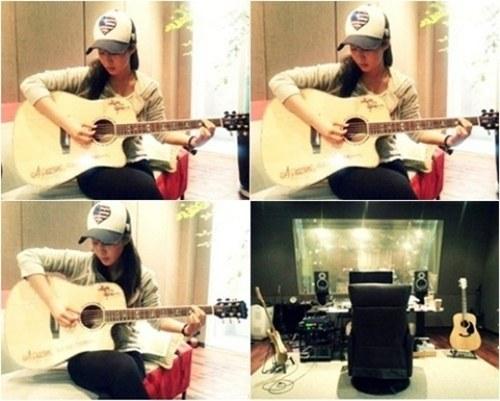 yuri_guitar