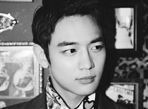 "SHINee's Minho Confirms Drama ""Medical Top Team"""