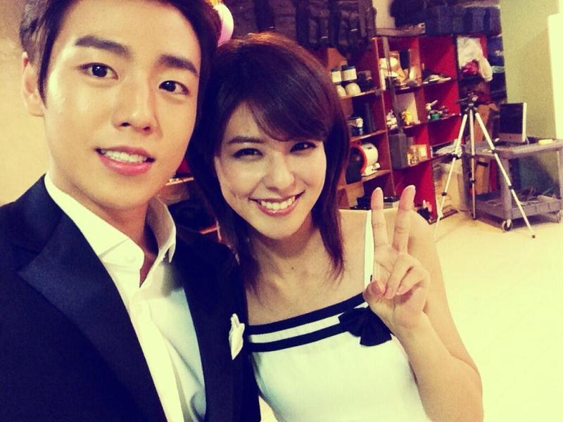 Lee Hyun Woo and Fujii Mina cover