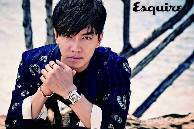 "Lee Seung Gi Transforms into an International Lady Killer in Upcoming ""Esquire Korea"" Photo Shoot"