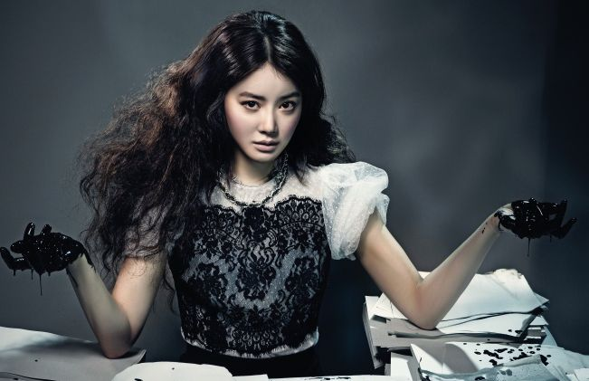 LeeSiYoung-feature_7.2013