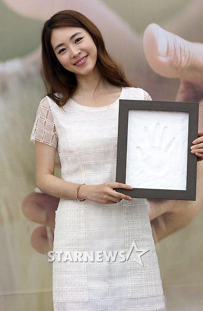 LeeYeonHee_7.18.2013