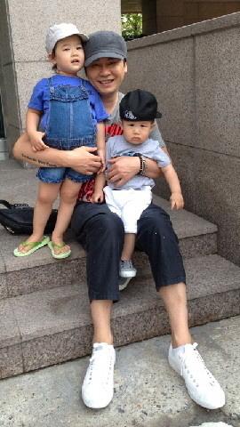 Yang Hyun Suk and kids