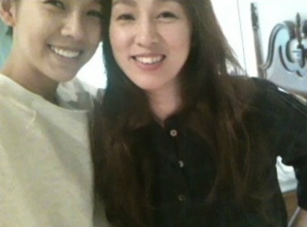 lee hyori and her older sister