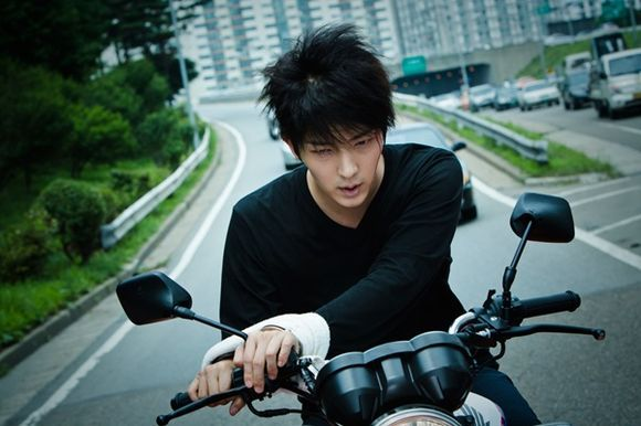 "Lee Jun Ki Speeds Up on a Motorcycle for ""Two Weeks"" Stills"
