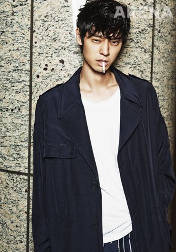 Jungjoonyoung-5_Arena