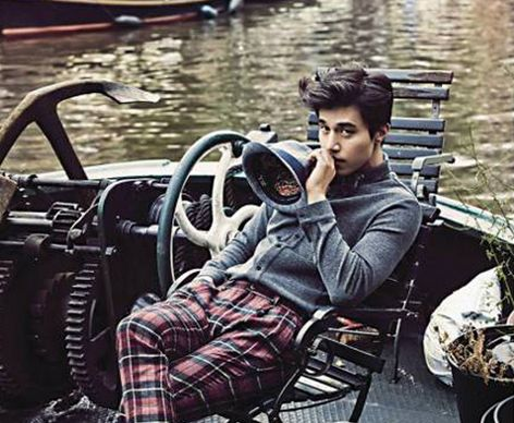 "Lee Dong Wook Looks at Home in Romantic Amsterdam in ""Cosmo Men"" Photo Shoot"