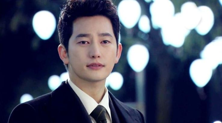Park Shi Hoo Spotted Participating in a Photoshoot