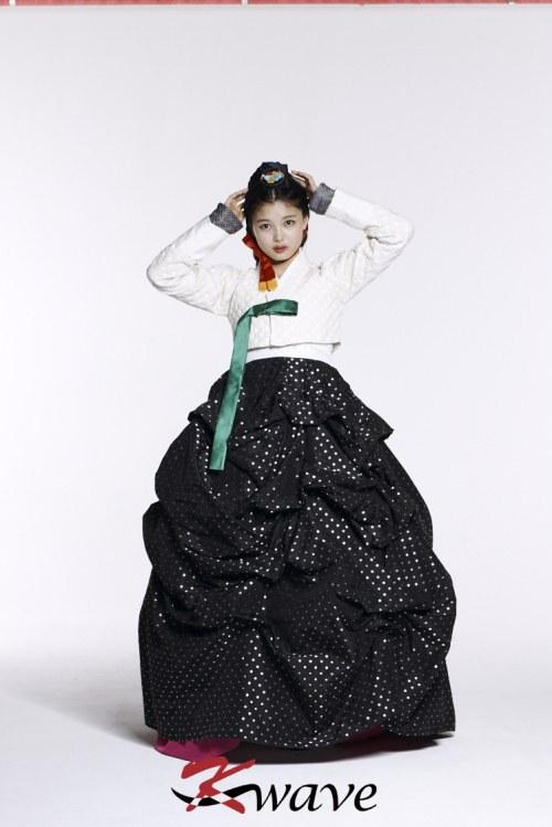 kimyoojung_hanbok2