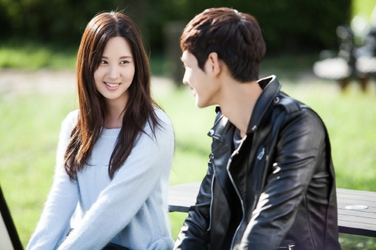 """Passionate Love"" Raises the Heat for Premiere with Seohyun's Kiss Scene Stills"