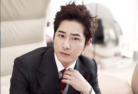 Kang Ji Hwan Wins the Legal Battle Against His Old Agency
