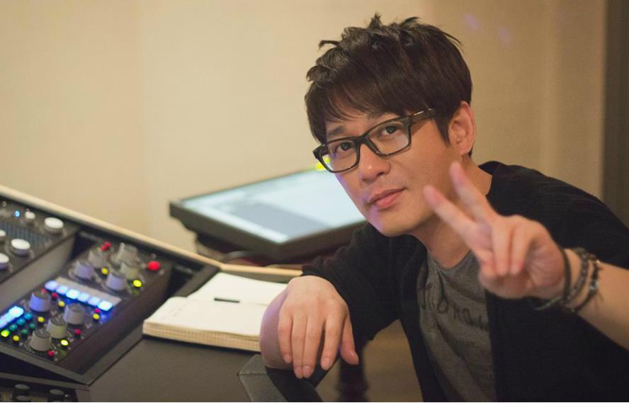 Shin Seung Hun In Studio