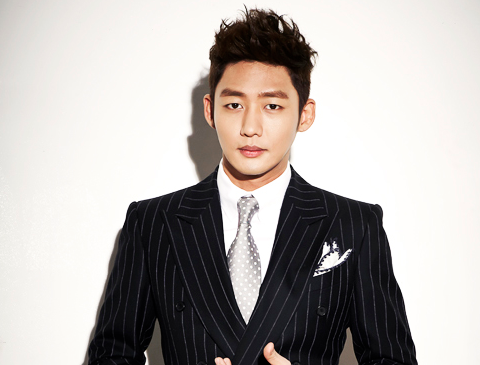 Actor Lee Tae Sung Entered Military Service Without Hearing the Wedding Bells