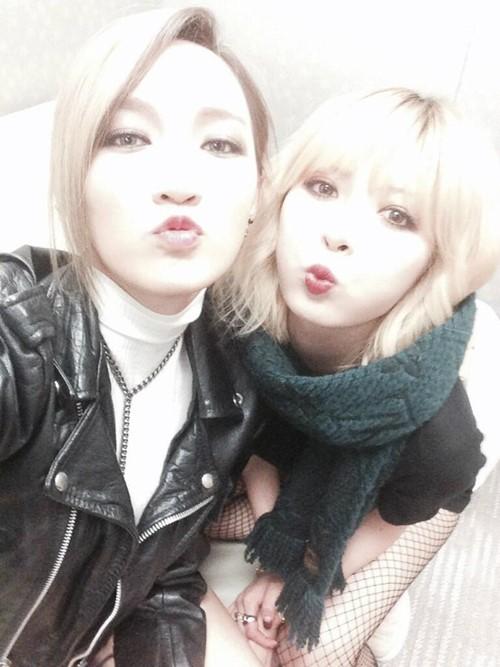Jia and HyunA