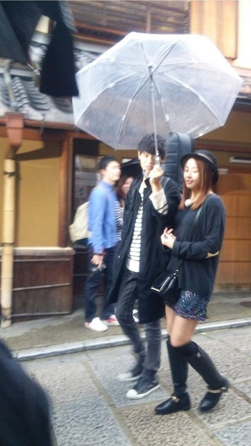 Jung Joon Young and Jung Yoo Mi in Japan