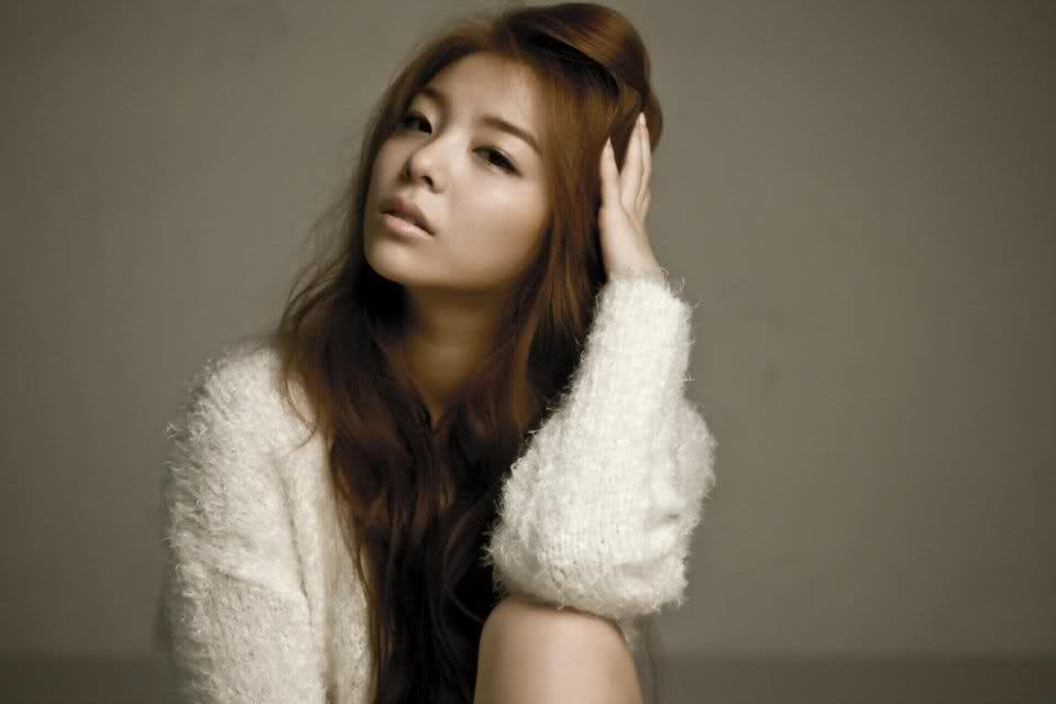 Ailee Has Been Removed from Advertisements