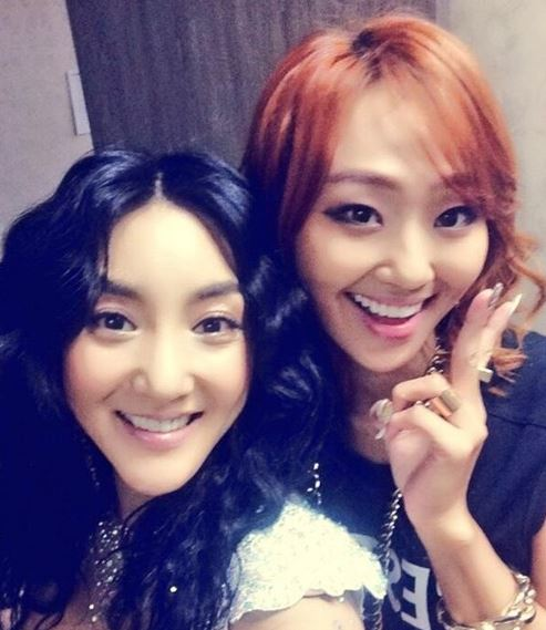 Hyorin and Bada