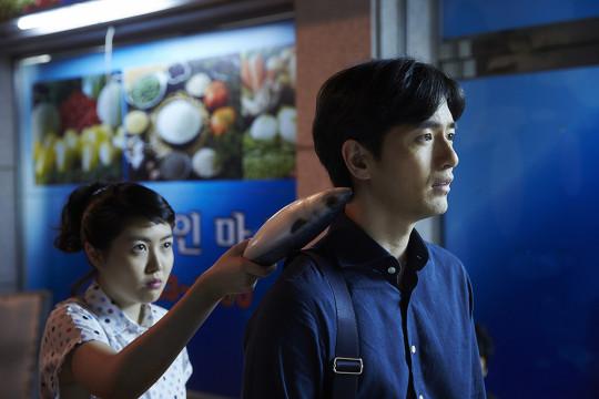 Shin Eun Kyung left as Oh Doo Ri Lee Jin Wook right as Han Seung Woo