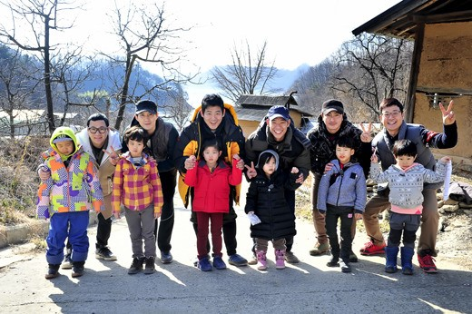 """Daddy Where Are We Going"" Cast Get to Know Each Other for First Trip of 2nd Season"