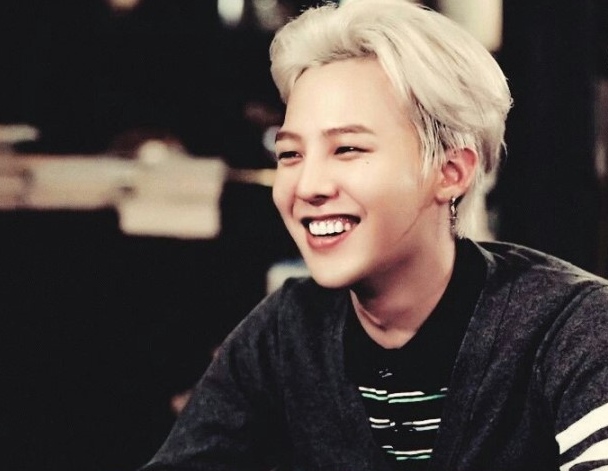 http://1.soompi.io/wp-content/uploads/2014/01/g-dragon-cardigan.png