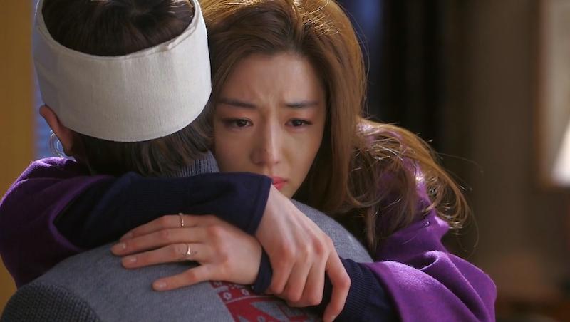 Song Yi Hug Hee Kyung