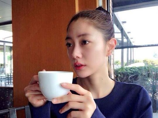 """Emergency Couple"" Clara Wishes Happy White Day to Her Fans"