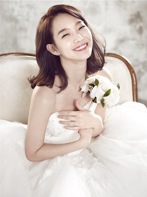 Shin Min Ah becomes a muse for jewellery brand Stonehenge