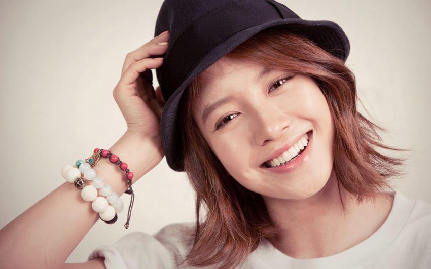 Song JI Hyo Featured Image