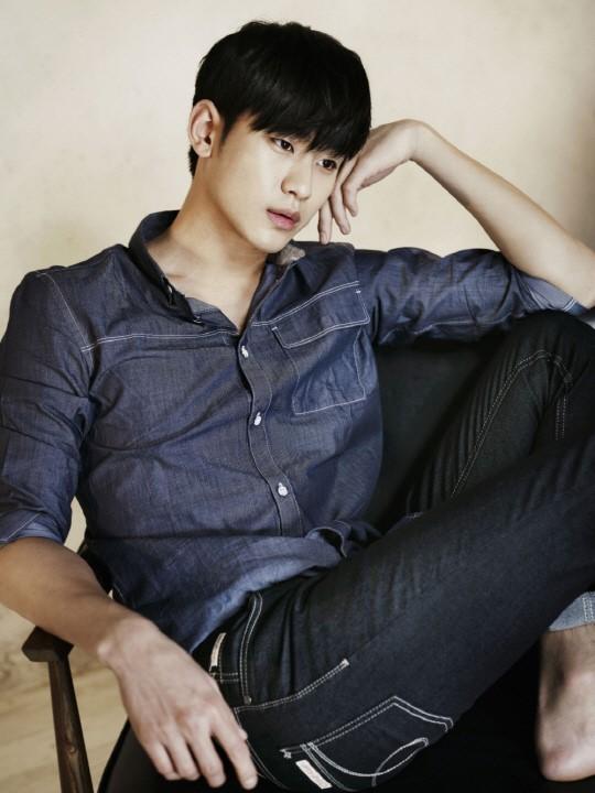 Kim Soo Hyun Looks Sexy In Denim For Calvin Klein Jeans