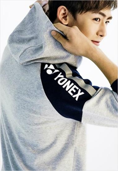 nichkhun yonex model 031114