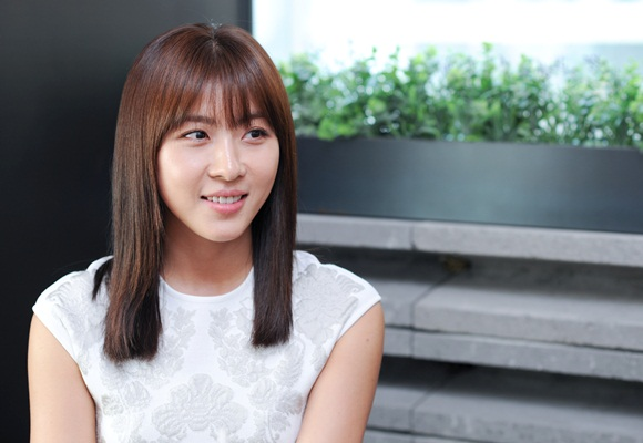 Ha Ji Won Donates to Sewol Cause