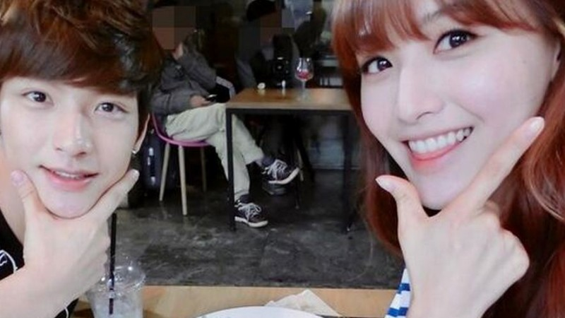 Rainbow's Jaekyung Treats Younger Brother Out for Brunch Amid Upcoming Debut
