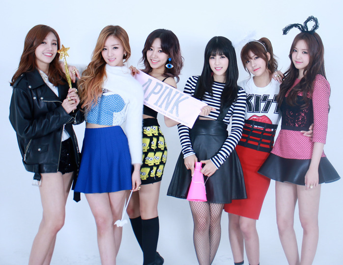 """A Pink Looks Cute and Fashionable in """"Crystal"""" MV Photoshoot"""