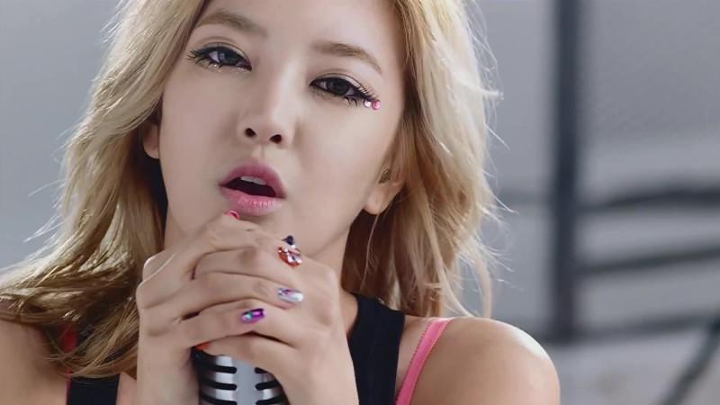 NS-Yoon-Ji