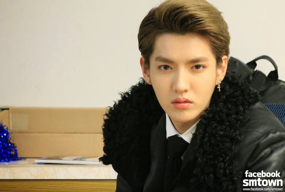 [Update] Kris Hired Hangeng's Former Law Firm to File Contract Termination from SM