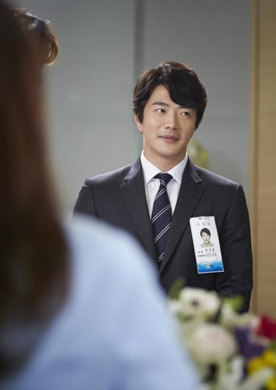 Kwon Sang Woo Temptation still