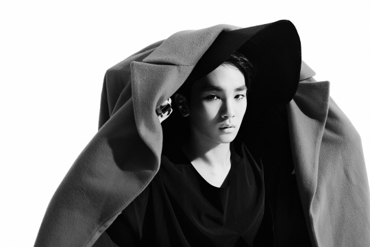 "SHINee's Key Confirmed as Permanent Member of New Variety Show ""Star Gazing"""