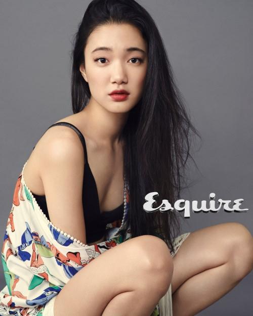 Son Soo Hyun for Esquire 3