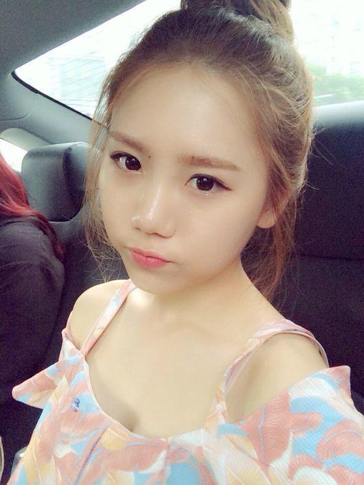 Song Ha Yea2