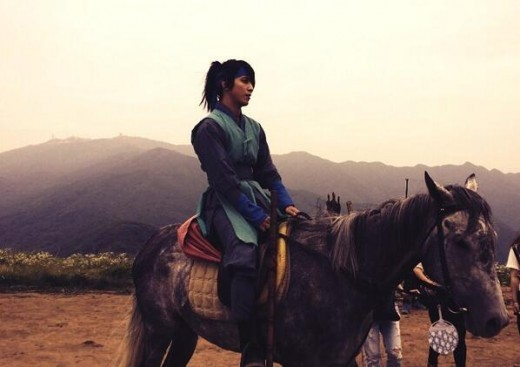 jung yong hwa three musketeers horse