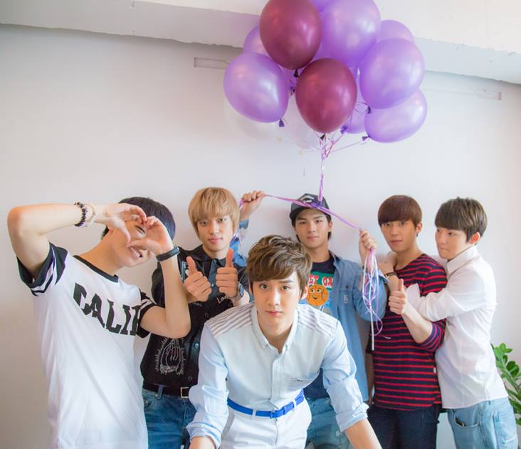 teen top with balloons