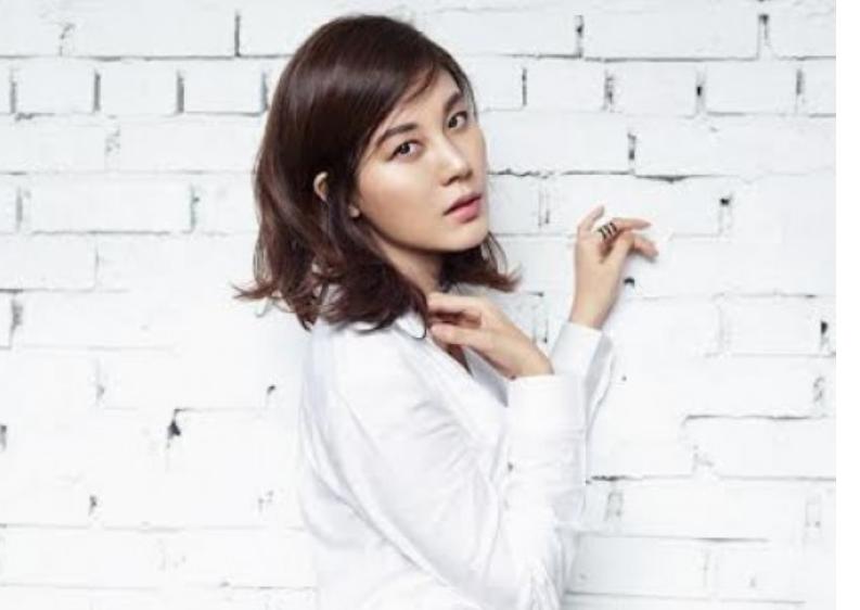 Kim Ha Neul featured