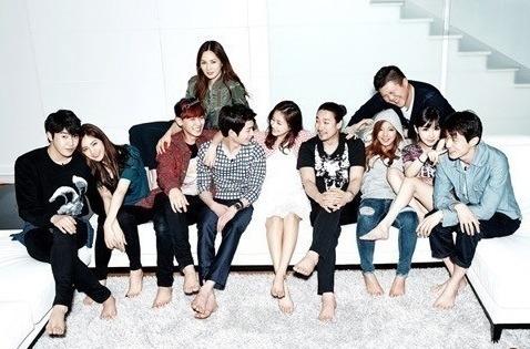 2014.09.12_roommate cast