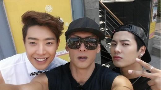 2014.09.13_roommate selca park joonhyung