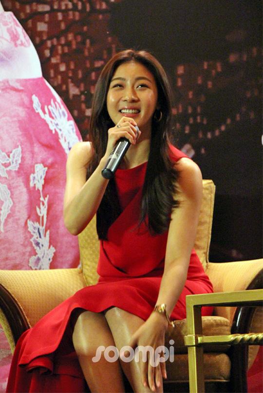 Ha Ji Won_Singapore_Press_245