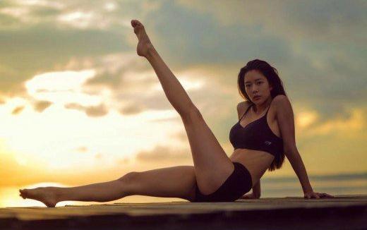 clara yoga 1